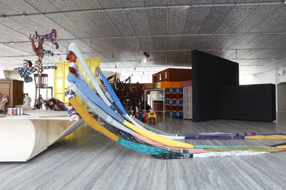 """0259ace23addc Immagine della mostra """"John Bock  The Next Quasi-Complex"""" Foto Jacopo  Farina 18 luglio – 24 settembre 2018 Fondazione Prada Milano"""